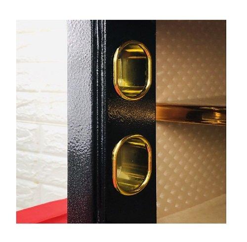 門栓對應孔位加強保護門閂,避免直接遭受攻擊